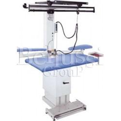 Stół prasowalniczy z regulacją wysokości MP/A-RS (zdjęcie przedstawia urządzenie wraz z akcesoriami sprzedawanymi osobno)