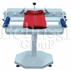 Manual machine for shirt's folding