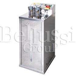 Wytwornica pary FB/F 7 L 6 KW INOX z pompą wirową i podłączeniem do dwóch żelazek