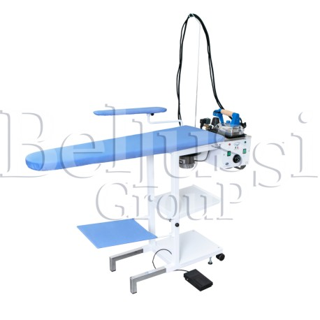 Stół prasowalniczy uniwersalny składany Comelux Maxi C (zdjęcie przedstawia urządzenie wraz z akcesoriami sprzedawanymi osobno)