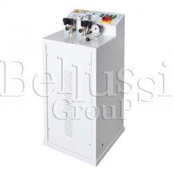 Wytwornica pary FB/F 7 L 4 KW z pompą wirową i podłączeniem do dwóch żelazek