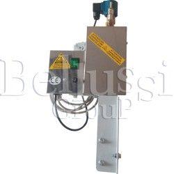 Separator pary z elektrozaworem z regulacją pary i gniazdem żelazka